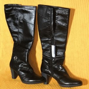 Price Drop🔥NWT leather knee high heeled boots